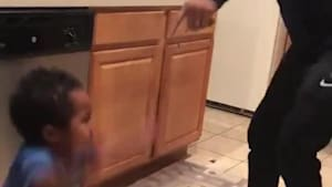Toddler adorably sings and dances with dad