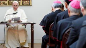 Papst in Japan: Nukleare Abrüstung, Suizide und Mobbing