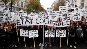 Gewalt gegen Frauen - Massendemonstrationen in Paris und Rom