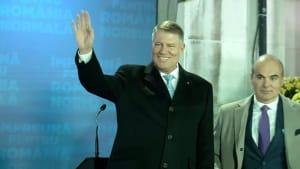 """Klaus Iohannis bleibt Präsident: Sieg für das """"normale Rumänien"""""""