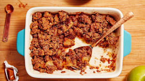 Easy Hob Nob toffee apple crumble