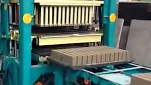 Mesmerizing machine makes over 500 blocks per hour