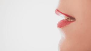 Ärztin warnt vor neuem Beautytrend: So sollten eure Lippen besser nicht aussehen