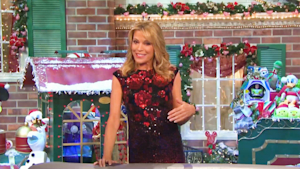 Vanna White's first time hosting Wheel of Fortune