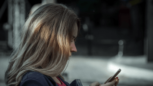 Ghosting: Was dieses Verhalten bei Betroffenen auslöst