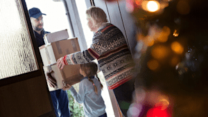 Here Are Your Online Holiday Shopping Deadlines