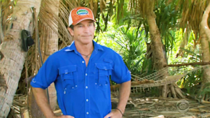 Contestant kicked off 'Survivor' for first time