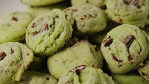 Mint chocolate chip cookies for the holidays