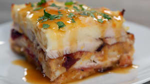 How to Make Thanksgiving Leftovers Lasagna