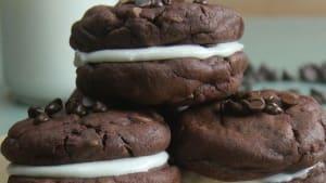 Red Velvet Nutella Cookie Sandwich