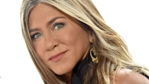 Jennifer Aniston joins Instagram with 'Friends' reunion pic