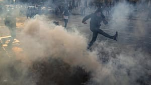 Chile's capital shaken by violent street protests