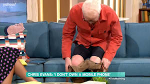 Chris Evans drops his trousers on 'This Morning'