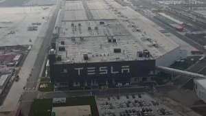 New Tesla cars might be able to talk