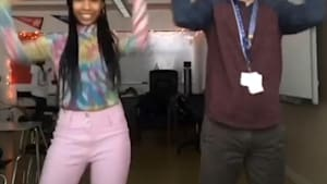 Teacher who dances with his students went viral