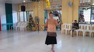 Grandmother dances for care home residents