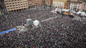 """Bologna, Norditalien: """"Sardinen"""" wollen regionalen Wahlsieg der rechten """"Lega"""" verhindern"""