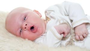 Sie denkt, ihr Baby hat nur Husten, doch die Symptome offenbaren Schlimmes