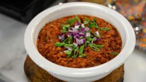 Vegan chili will score big on Super Bowl Sunday