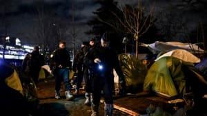 Paris: Polizei räumt erneut illegales Flüchtlingslager