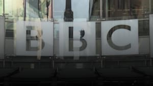 Plans to 'modernise' BBC newsroom will lead to 450 job losses