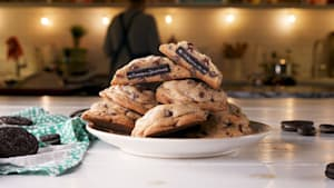 How to make Oreo stuffed chocolate chip cookies