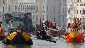 Karneval in Brasilien, Italien und Tschechien