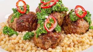 How to make pork and veal meatballs with pasta