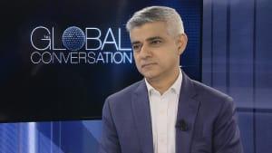 """Sadiq Khan: """"Der EU sollte die Entfremdung zu den Menschen zu denken geben"""""""