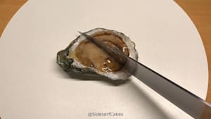Hyper-realistic cake looks just like an oyster