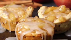 Apple pie cups for a late-night bite