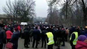 Coronavirus: Ukrainer randalieren gegen Heimkehrer aus China