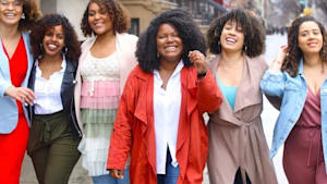 Salon teaches Afro-Latinas to embrace their curls