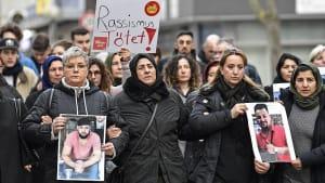 """Rassismus tötet"" - Gegen Hass und Hetze protestieren 6.000 in Hanau"