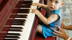 One-year-old piano player shows promising talent