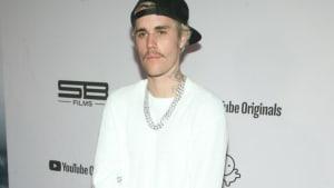 Justin Bieber erscheint zu Kanye Wests Gottesdienst