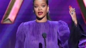 Rihanna hält eindringliche Rede bei den NAACP Awards 2020