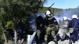 Ägäis: Generalstreik und Demos gegen neue Migrantenlager