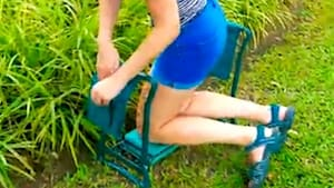 Gardening kneeler gets your knees off the ground