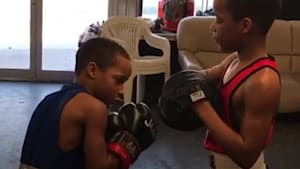 Adorable twins are also boxing experts