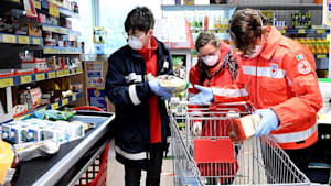 Freiwillige im Kampf gegen das Coronavirus