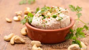Veganer Frischkäse: Einfaches & leckeres Rezept