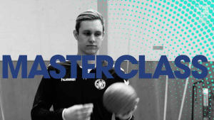 """Handball-Masterclass mit Marian Michalczik: Der Mindener Youngster zeigt uns einen """"Überzieher"""""""
