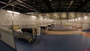 London: Erstes von fünf Behelfskrankenhäusern für Covid-Patienten eingerichtet