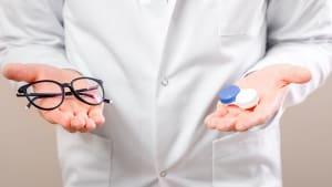 Coronavirus: Sind Kontaktlinsenträger besonders gefährdet?