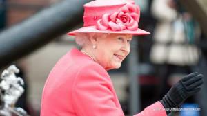 Queen hält im TV besondere Ansprache an das britische Volk