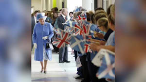 Queen pays tribute to healthcare workers around the world