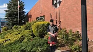 B.C. Funeral Home Pays Tribute To The Dead With Bagpipes