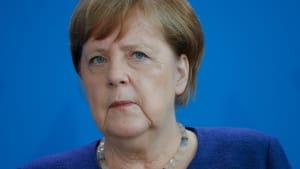 Corona-Zoff: Merkel nun machtlos? Söder stellt erstaunliche Forderung - Experte warnt
