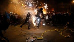 Gewaltsame Proteste und Brandstiftung: Notstand über Minneapolis verhängt